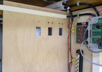 Montageplatten für die Batterie-Bauteile